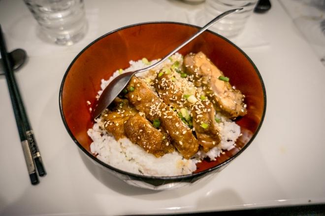 Tori teriyaki don (poulet sauté caramel)